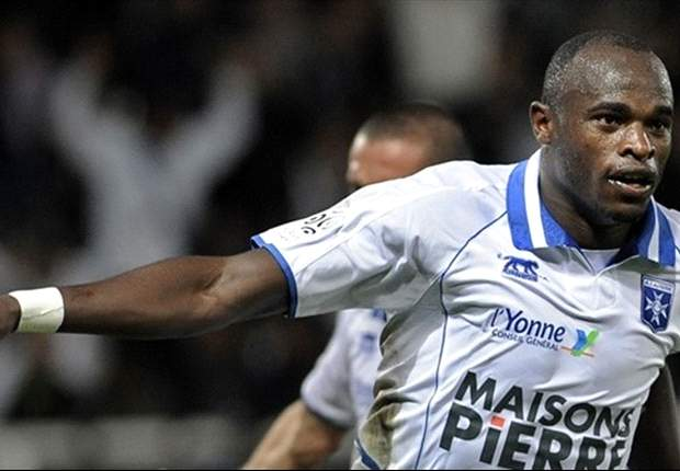Kenya skipper Dennis Oliech scores as AJ Auxerre rallies from behind to triumph