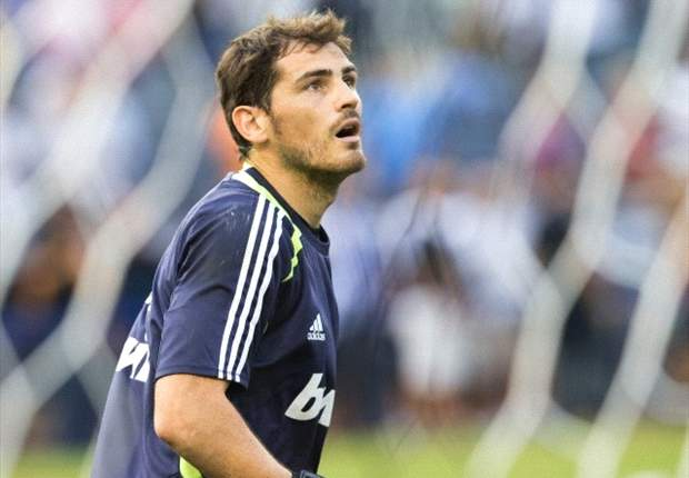 Casillas targets eight more years at Madrid