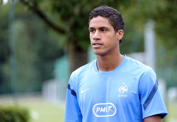 Deschamps elogia y anima a Varane