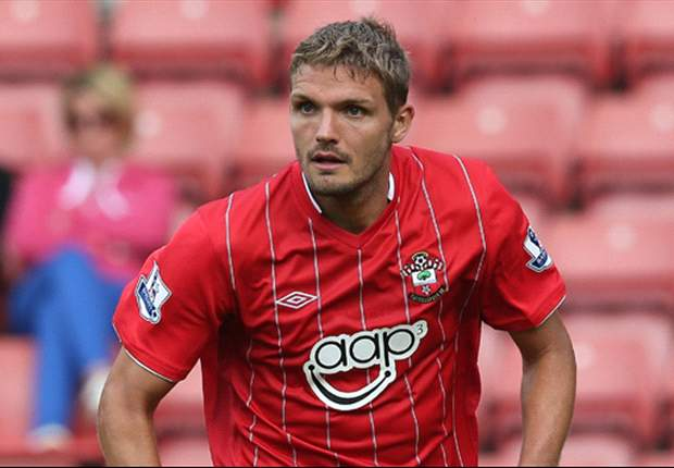 Southampton defender Hooiveld confident over calf injury