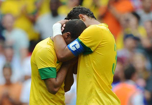 TEAM NEWS: Lucas Moura starts but Thiago Silva is on the bench as Brazil host South Africa