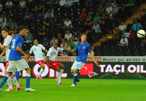 England 2-1 Italy: Substitute Defoe strikes to earn morale-boosting win