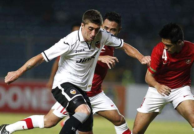 Swansea boss Laudrup pleased to link up again with 'fantastic' Pablo Hernandez