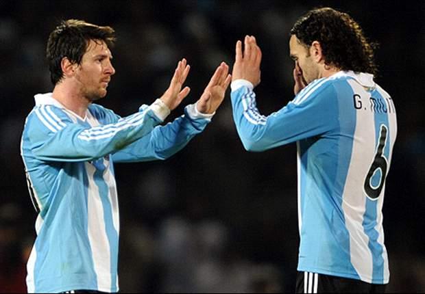 Gaby Milito: Messi nunca haría lo que hizo Cristiano