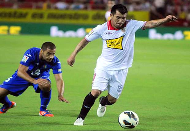 Sevilla's Medel released after assault claim