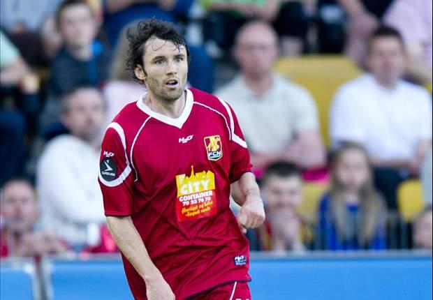 Michael Parkhurst moves to Bundesliga club Augsburg