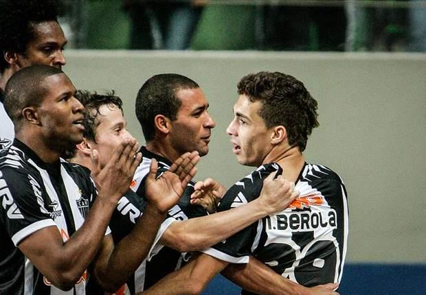 Vitória 1 x 1 Atlético-MG: Galo aperta e consegue empatar no final