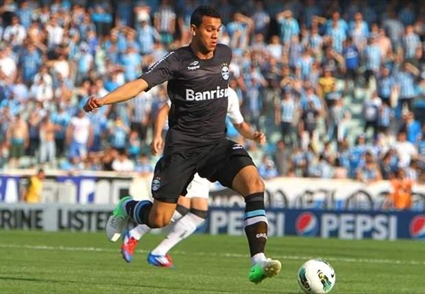 Souza quer permanecer no Grêmio em 2013