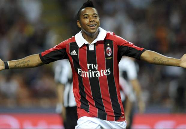 Robinho ruled out for a month with thigh injury