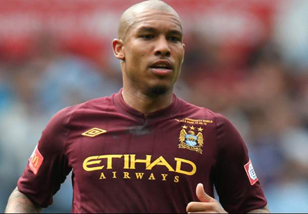 Inter closing in on Nigel de Jong