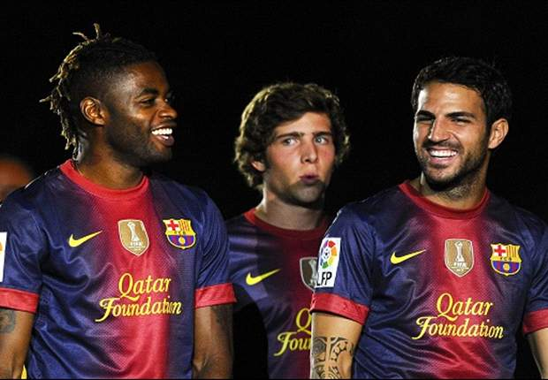 La defensa del Barcelona ¿Marc Bartra o Alex Song?