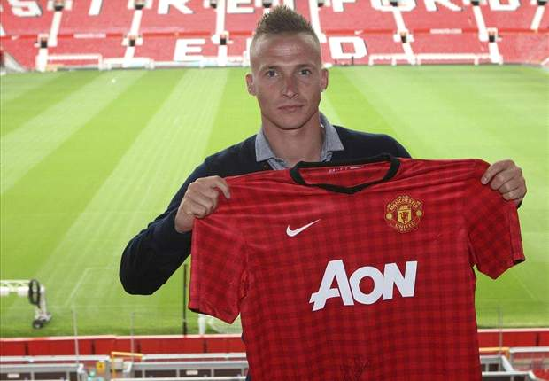 Manchester United coach hails Buttner potential
