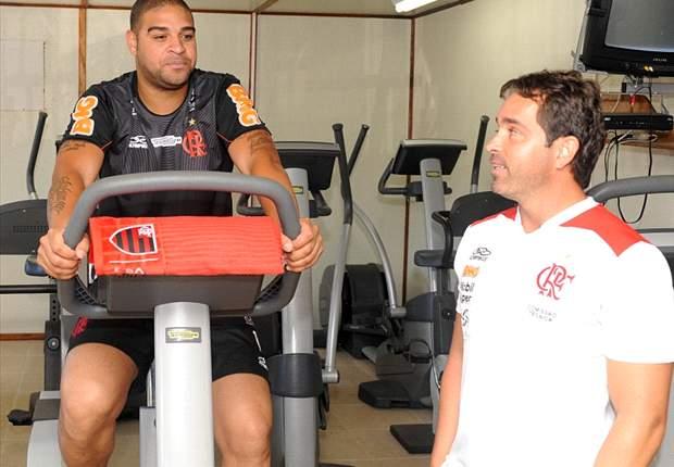Dorival evita pressa para estreia de Adriano
