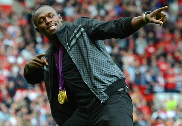Bolt could play for Manchester United, joke Evra and Vidic