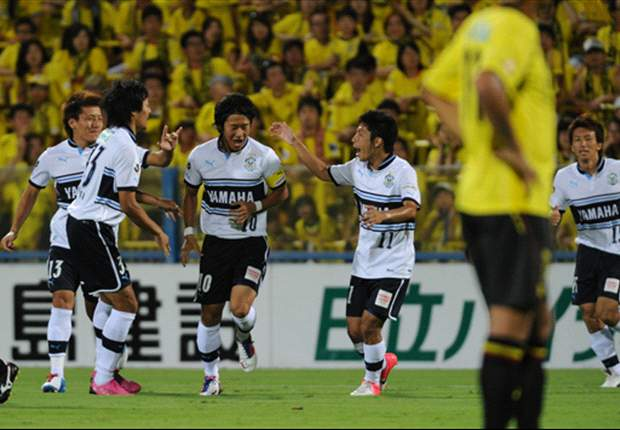 J-League Review: Jubilo top short-handed Reysol while Gamba escapes drop zone