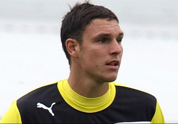 Reading goalkeeper Alex McCarthy's surgery hailed a success