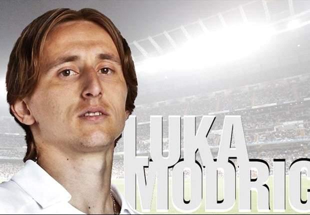 """Modric: """"Eer om bij grootste club ter wereld te zijn"""""""