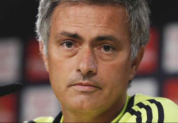 'Coward' Mourinho still questioned by Real Madrid fans - and losing to Barcelona will only make things worse