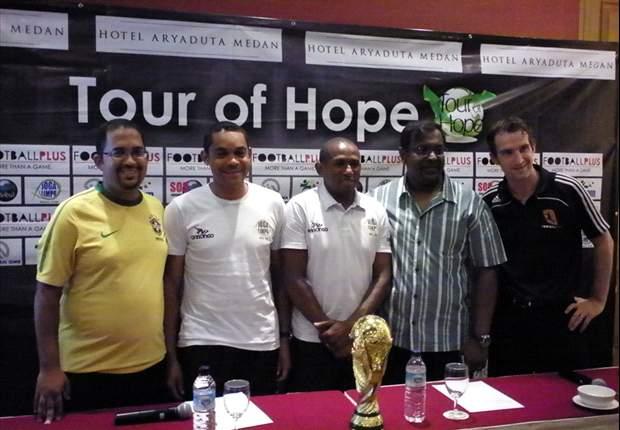 Pesepakbola Brasil Berikan Coaching Clinic Di Acara Tour Of Hope
