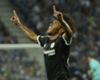 Exclusivo: Willian vê exagero com Kenedy, revela saudades de Diego Costa, zoeira com David Luiz e gol mais bonito