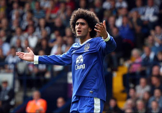 Everton midfielder Fellaini out for three weeks with knee injury