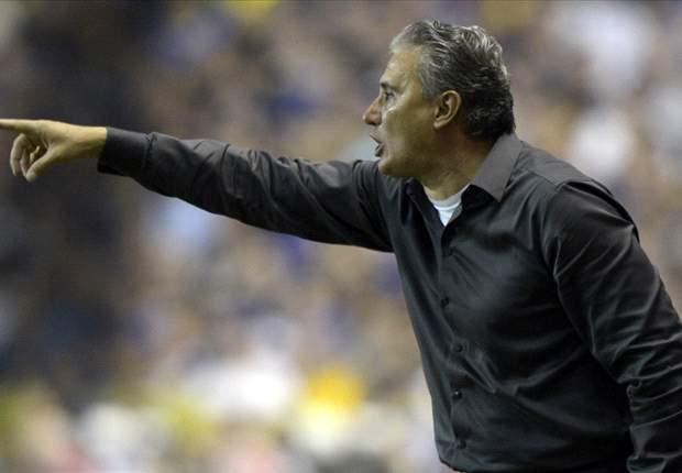 Rivaldo marca, mas São Caetano e Corinthians ficam no empate