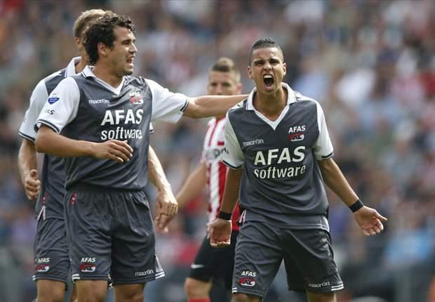 Eredivisie: El PSV destroza al AZ Alkmaar y el Twente se mantiene perfecto