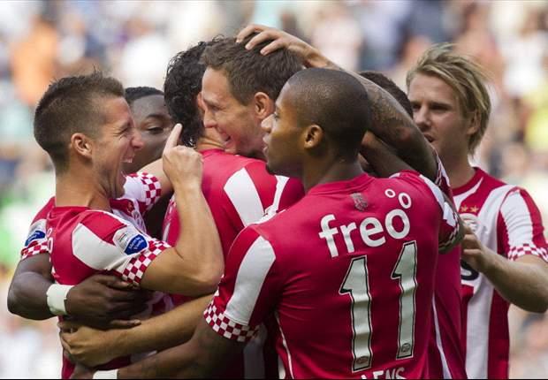 Tiental AZ kansloos tegen PSV