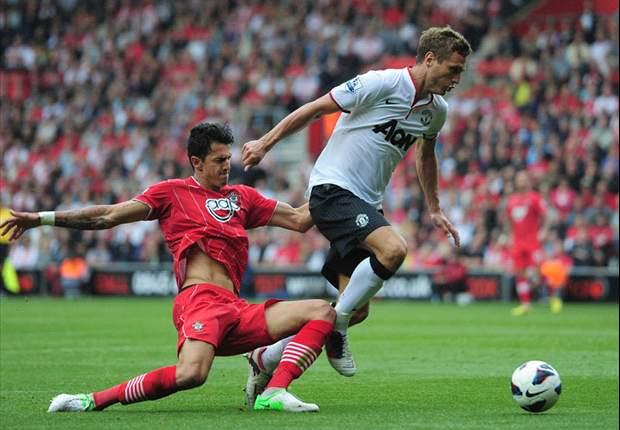 Premier: United ganó con un Van Persie inspirado