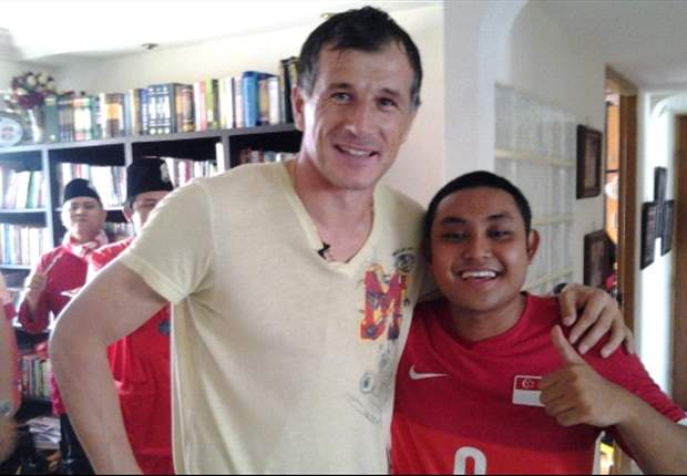 Singapore fans' Hari Raya gathering gets surprise visit from Duric