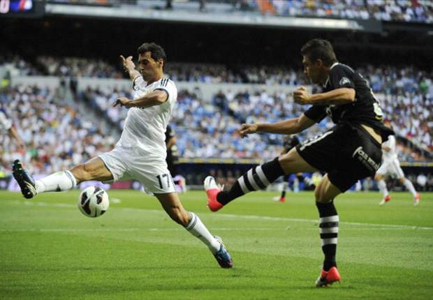 TEAM NEWS: Alvaro Arbeloa makes his comeback from injury for Real Madrid as they take on Zaragoza