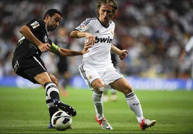 Real Madrid: José Mourinho debería elegir a Luka Modric antes que a Mesut Özil (Análisis)