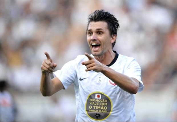 Paulo André é só elogios a Alexandre Pato