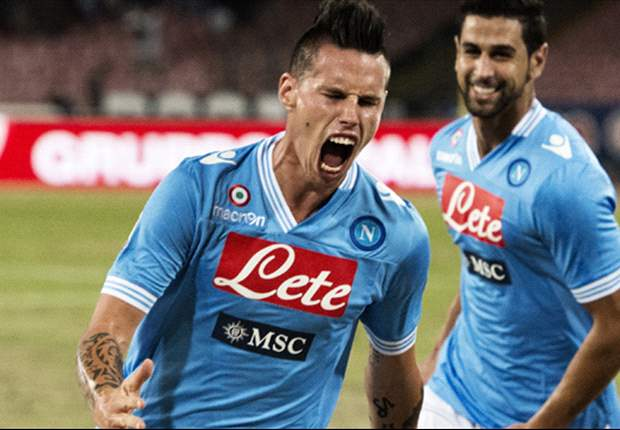 """Il Napoli vola, Hamsik scherza: """"Siamo un gruppo unito e vinciamo per questo. Ultimamente però ci piace farlo soffrendo"""""""