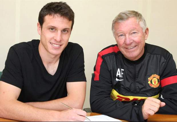 New Manchester United signing Angelo Henriquez has all the attributes to follow in Chicharito's footsteps