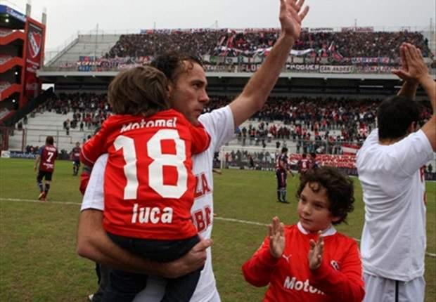 Gabriel Milito será un vínculo entre el cuerpo técnico y los jugadores.