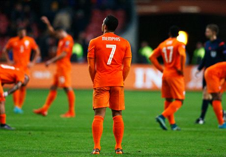 Extra Time: Depay wearing wrong shirt