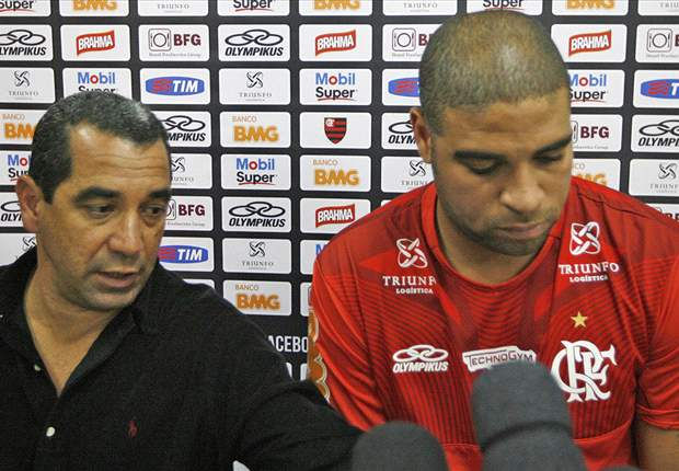 Zinho não aceita redução e está fora do Flamengo