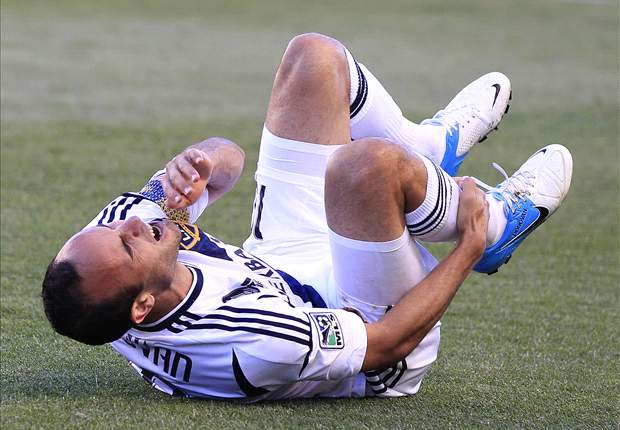 Donovan misses World Cup qualifiers against Jamaica with hamstring injury