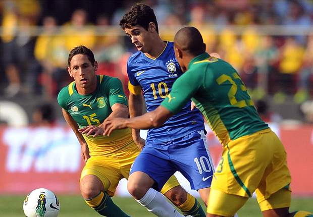 TEAM NEWS: Hulk starts for Brazil as they face depleted China