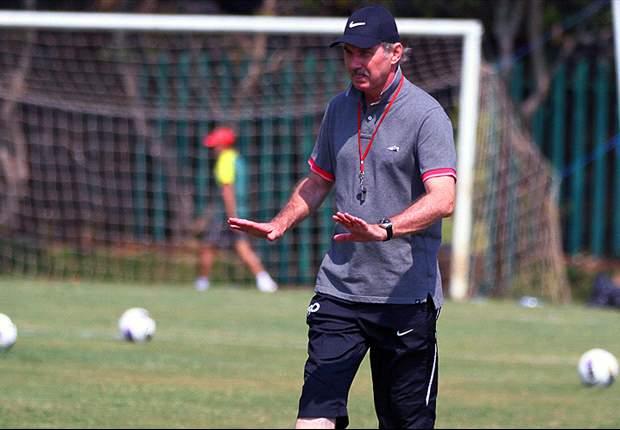 Alfred Riedl menjadi pilihan Exco PSSI untuk menggantikan Jacksen sebagai pelatih timnas Indonesia.