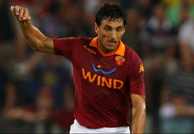 Burdisso 'dreamt' of playing for Roma