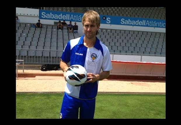 Sabadell 3-0 Almería: 'Hat-trick' de Anibal para golear
