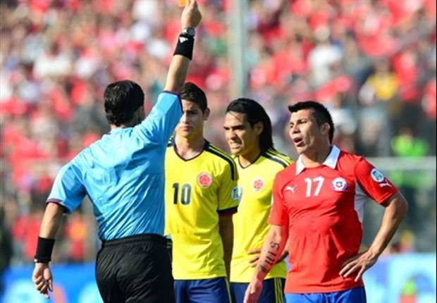 Todos contra Medel: Juvenal Olmos dijo que es un jugador irresponsable
