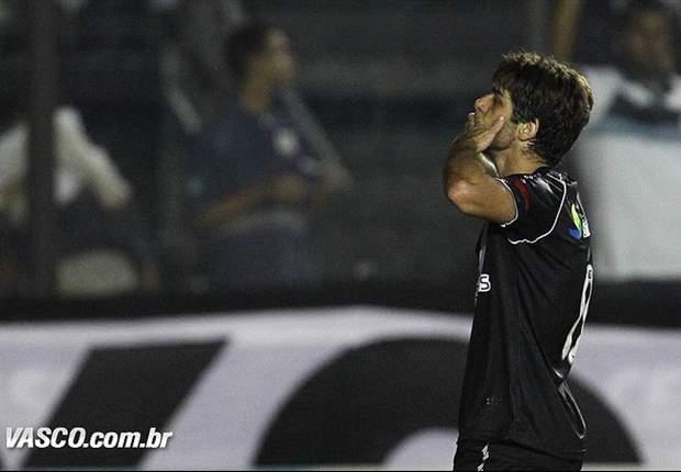 Juninho reconhece situação financeira do Vasco, mas garante esforço por Libertadores