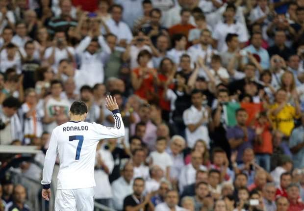 Cristiano Ronaldo, recibido con ovación en el Santiago Bernabéu