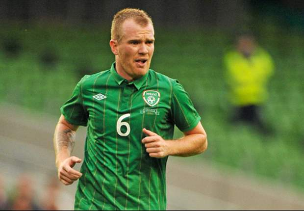 Glenn Whelan sits out Republic of Ireland training session