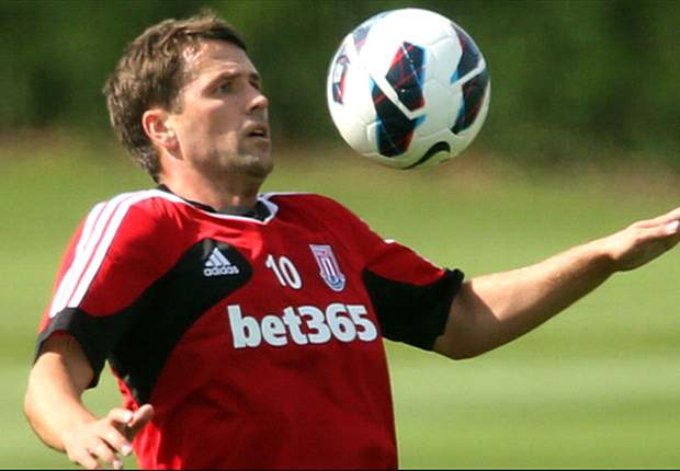 Owen injured by cold weather, reveals Stoke boss Pulis