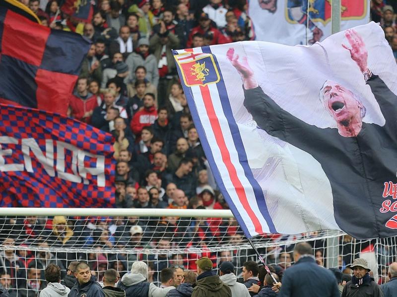 """Les supporters du Genoa vont faire un """"silence assourdissant de 43 minutes"""" en hommage aux victimes du drame du pont Morandi"""