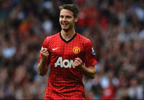 Leicester City Incar Nick Powell